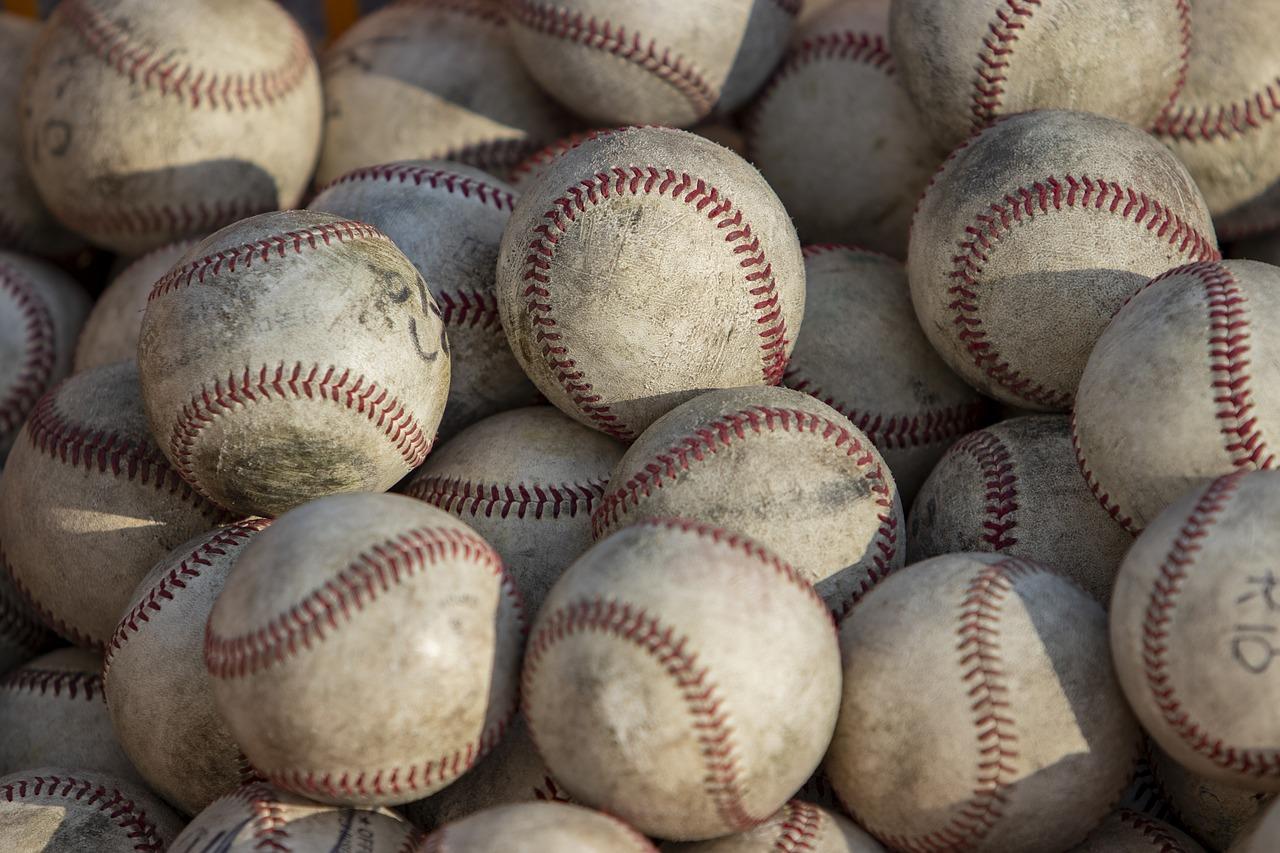 【野球の難しいルール】野球経験者も意外とわかっていない!?「塁の占有権」のルールを解説しよう